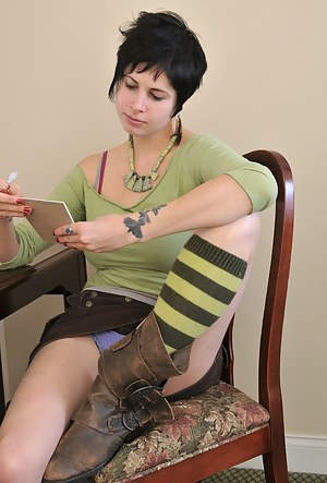 Free Emo Teen Porn Pictures